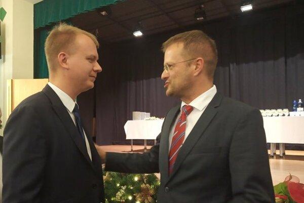 Beblavý prišiel v decembri 2018 podporiť Petrovčika pri jeho nástupe do funkcie starostu Starého Mesta, do ktorej kandidoval za stranu Spolu.