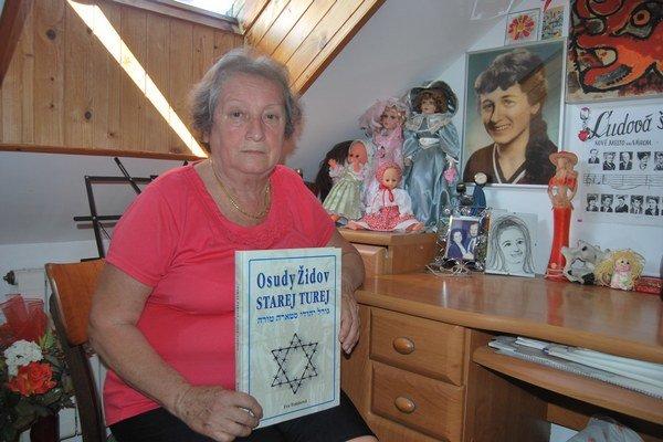 Vďaka detektívnym schopnostiam Evy Tomisovej sa podarilo odhaliť mnoho osudov židovských rodín.
