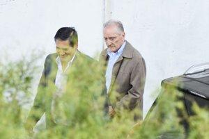 Bývalý viceprezident FIFA Eugenio Figueredo (vpravo).