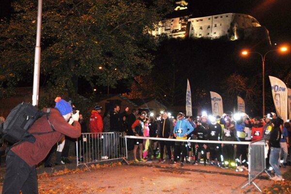 Štart Moon Runu bude pri hokejovom štadióne, cieľ pri vstupe Nitriansky hrad.