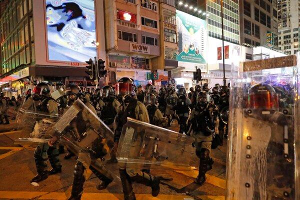 V poloautonómnom Hongkongu sa už niekoľko mesiacov konajú prodemokratické protesty.