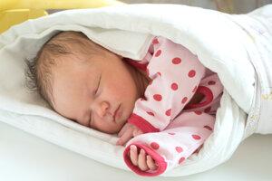 Laura Pistová (4020 g, 51 cm) sa narodila 23. septembra Simone a Lukášovi z Rakoľúb.