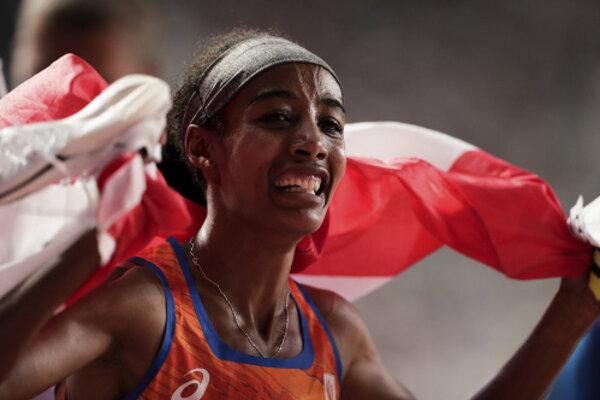 Sifan Hassanová získala už druhú zlatú medailu.