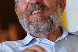 Švajčiarsky astronóm Michel Mayor - laureát Nobelovej ceny za fyziku z roku 2019.
