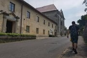 Niekdajšiemu kláštornému komplexu chce nájsť obec nové využitie.