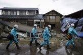 V Japonsku naďalej pátrajú po nezvestných ľuďoch (fotogaléria)