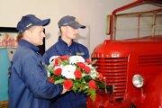 Uctili si pamiatku kolegov, ktorí zahynuli pri požiari.