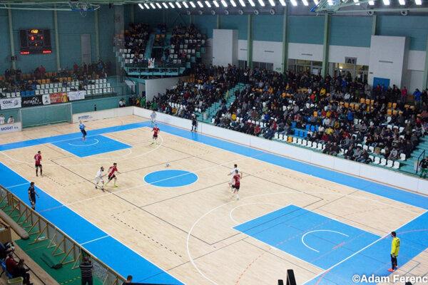 V mestskej hale sa na konci decembra opäť stretnú futbalisti z mnohých mužstiev na obľúbenom turnaji.