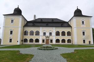 Kaštieľ Dessewffyovcov v Hanušovciach nad Topľou.