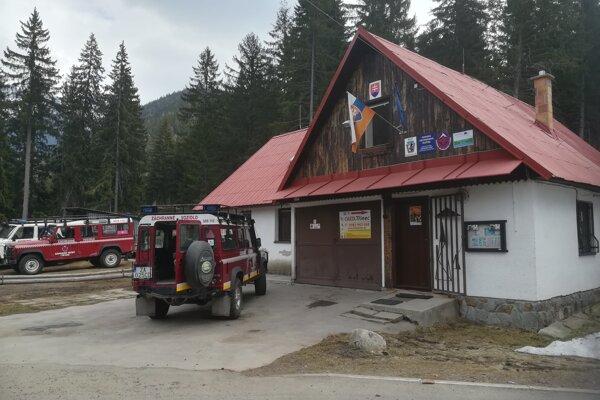 Muža našli len pár desiatok metrov od sídla horských záchranárov v Žiarskej doline.