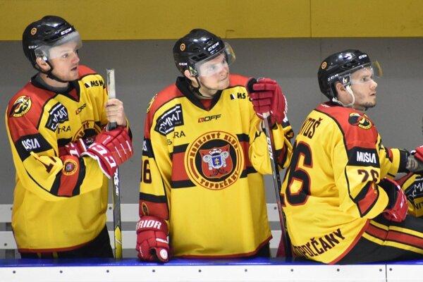 Topoľčancom patrí v Slovenskej hokejovej lige priebežná druhá priečka.