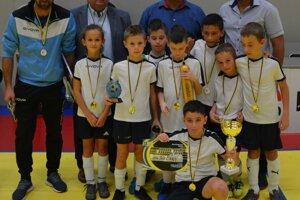 Premiérovým víťazom turnaja sa stali mladé futbalové talenty zo Solčian.