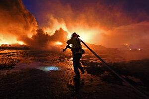 Požiare v Kalifornii sú v uplynulých rokoch ničivejšie.