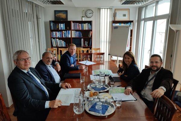 Stretnutie zástupcov petičného výboru so zástupcami EK.
