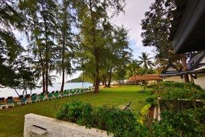 Hive Khao Lak Beach Resort 4*, Khao Lak Emerald Beach Resort & Spa 4*