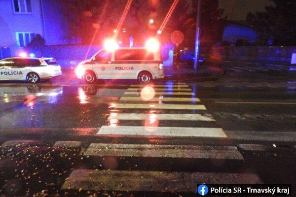 Nehoda s účasťou chodca sa stala na Zelenečskej v Trnave.