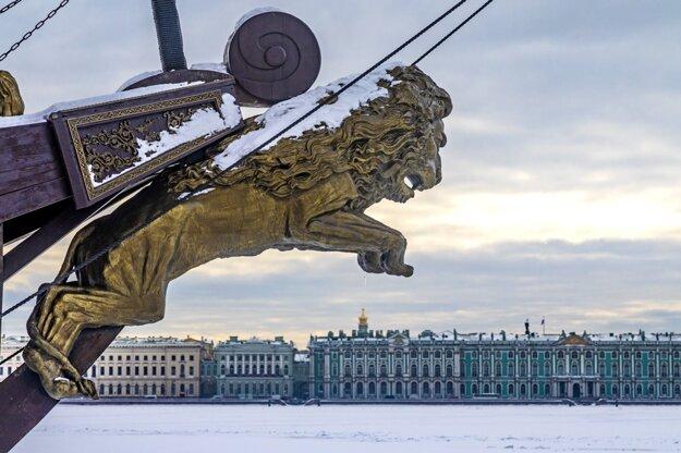 Mrznúca Neva v Petrohrade
