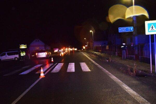 Polícia vyzýva občanov, aby im akékoľvek informácie o dopravnej nehode nahlásili.