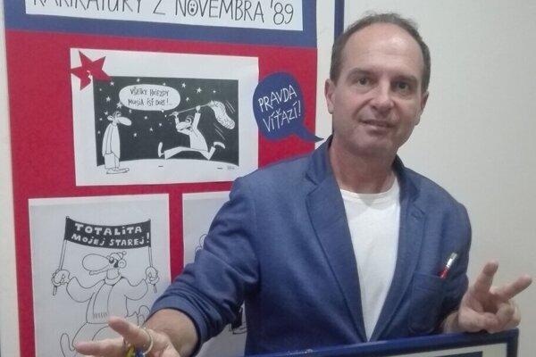 Karikatúry Bruna Horeckého sú vystavené na prízemí Millénia.