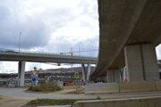 Vydumanec je technologicky najzložitejšou križovatkou na Slovensku. Napojí diaľnice, rýchlostné cesty a cesty II. a III. triedy.