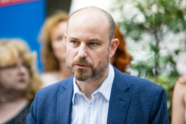 Vladimír Bilčík (Spolu/EPP) sa tento rok stal spravodajcom pre Srbsko a šéfom delegácie pre Čiernu Horu.