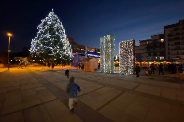 Vianočné mestečko v Dubnici nad Váhom.