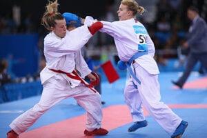 Ingrid Suchánková vpravo v akcii