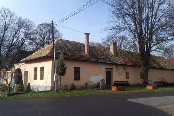 Dom ľudových tradícií v Sáse.