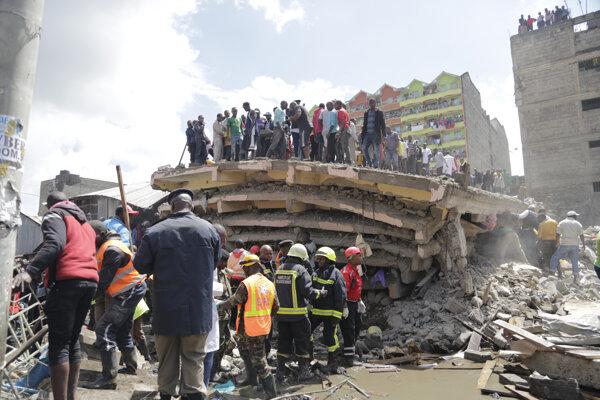 Pri zrútení budovy v Nairobi zahynuli tri osoby