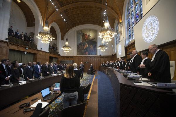 Pohľad do súdnej siene Medzinárodneho súdneho dvora počas zasadnutia vo veci údajnej genocídy Rohingov v Mjanmarsku 10. decembra 2019 v Haagu.