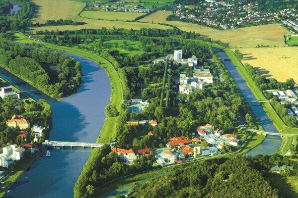 Kúpeľný ostrov v Piešťanoch