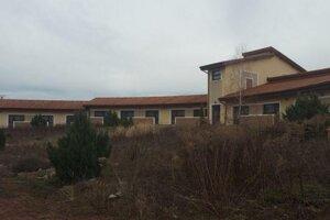 Opustený reál komplexu Domica Resort v roku 2017.