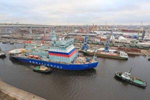 Ruský jadrový ľadoborec Arktika môže zlepšiť aj prepravu tovaru za polárnym kruhom.