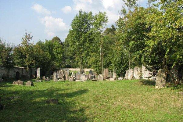 Židovský cintorín v Rajci.