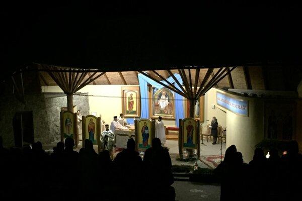 Polnočná liturgia na hore Zvir.
