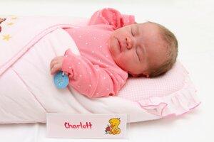 Charlott Bónová z Čerenian sa narodila 2.1. v Bojniciach