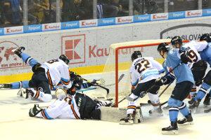Športové osobnosti by privítali hokejové finále Slovan - Košice.