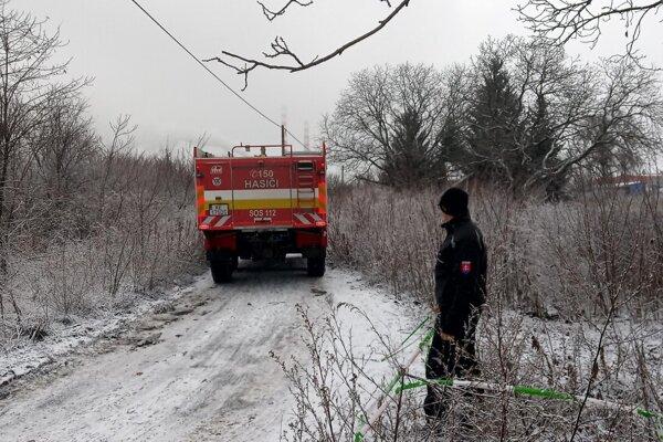 Prístup do oblasti majú len záchranné zložky a vyšetrovatelia.