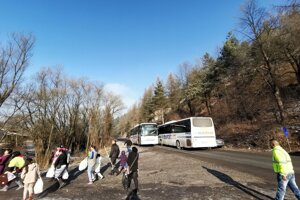 Zhruba sto metrov od Zabijanca sa stala dopravná nehoda.