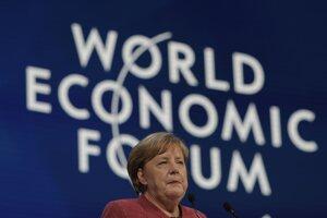 Nemecká kancelárka Angela Merkelová na ekonomickom fóre v Davose.