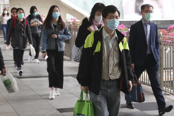 Počet nakazených vírusom rastie.