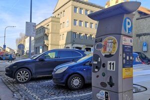 Parkovanie v centre mesta Prešov.