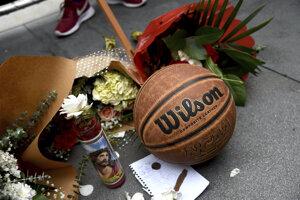 Fanúšikovia spomínajú na basketbalovú legendu.
