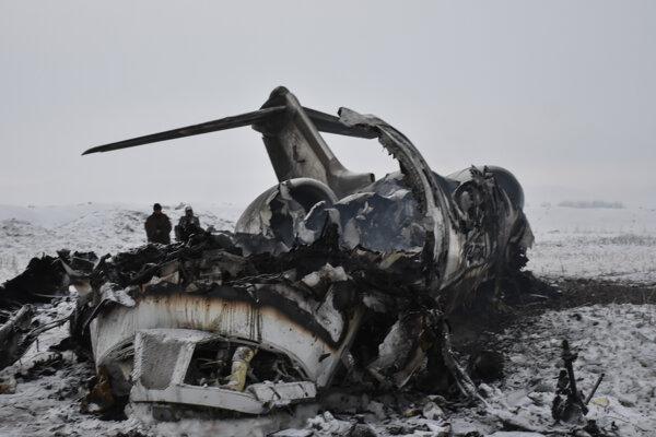 Trosky amerického lietadla v Afganistane.