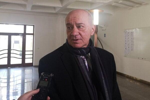 Vladimír Bajtoš obhajuje troch živnostníkov, obvinených pre výbuch plynu v Prešove.