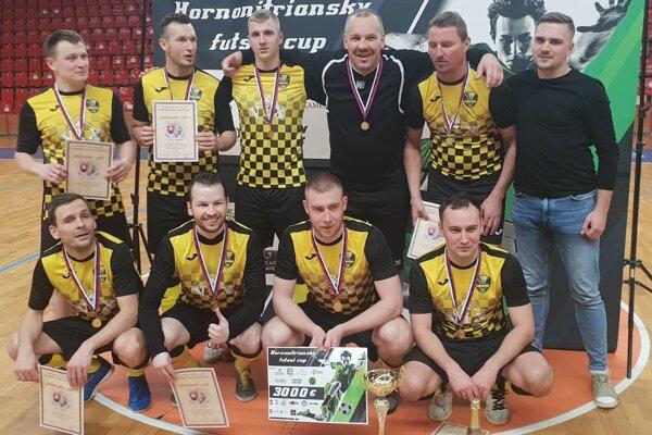 Tím Timring Žilina, víťaz Hornonitrianskeho futsal cupu.