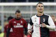 Cristiano Ronaldo (vpravo).