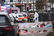 Pri incidente utrpelo zranenia najmenej desať ľudí.