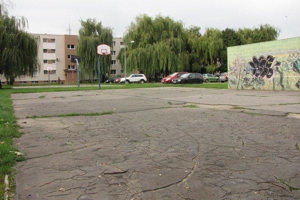 Obnovy sa majú dočkať aj niektoré športoviská na sídlisku.