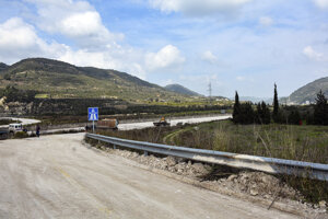 Významná diaľnica M4 na severozápade Sýrie.